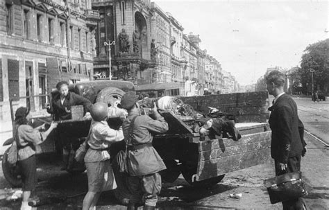 siege c15 18th august 1943 leningrad the siege continues as