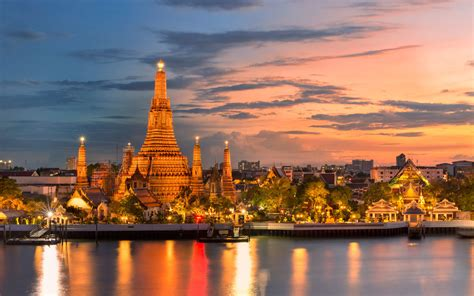 Los Angeles At Night Wallpaper Travel To Bangkok This Fall For 475 Round Trip Travel Leisure