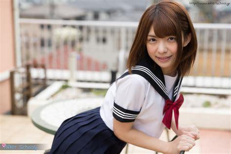 【麻里梨夏】セーラー服の淫乱美少女 画像48枚 フェチコンプレックス