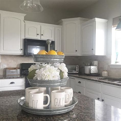 style kitchen accessories 25 best ideas about white farmhouse kitchens on 3652