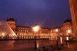 Louvre Museum At Paris France Map Facts Location