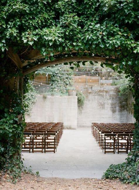 20 botanical wedding ceremony backdrops