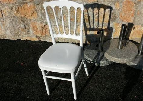 location chaises location mobilier et décoration mariage location table