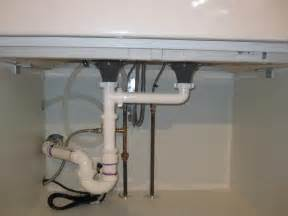 How To Plumb A Sink Drain by How To Plumb Dual Bathroom Sinks
