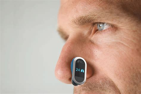 First Response Monitor Tracks Heart, Respiratory Rates in