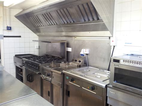 kitchen cuisine small golf commercial kitchen restaurant