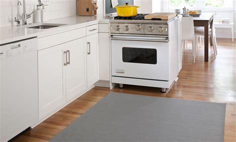 waterproof kitchen flooring waterproof kitchen flooring gurus floor 3365