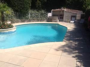 Nettoyage Piscine Hors Sol : nettoyage fond de piscine aspirateur de fond piscine pour ~ Edinachiropracticcenter.com Idées de Décoration