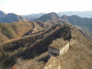 unmaintained section of the great wall of china 2736 x With deserted great wall of china
