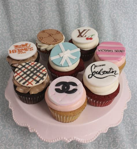 custom cupcakes and cookies oakleaf cakes bake shop