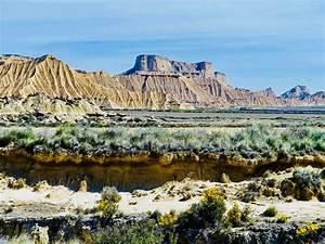 Desert Des Bardenas En 4x4 : journal d 39 un pigeon voyageur immersion au coeur du desert bardenas reales veritable joyau de ~ Maxctalentgroup.com Avis de Voitures