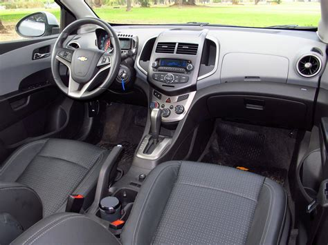 chevrolet sonic sedan ltz automatico  prueba autocosmoscom