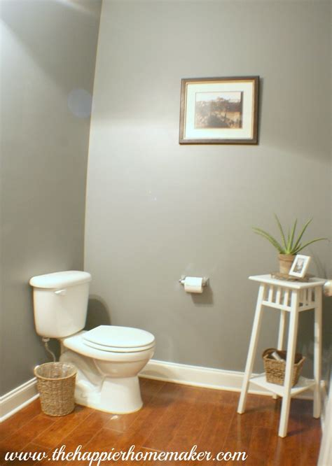 1000 ideas about powder room paint on guest
