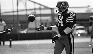 My world makes no sense any more: Ronnie Lott once wore ...