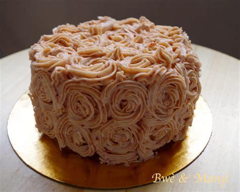 recette de cuisine salé layer cake fraises vanille décoration swirl