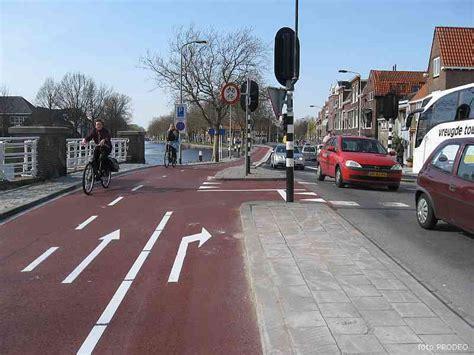 denmark puts   superhighway  commuting  bicycle