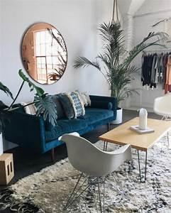 1001 decors avec la couleur canard pour trouver la With tapis de couloir avec canapé bleu canard scandinave