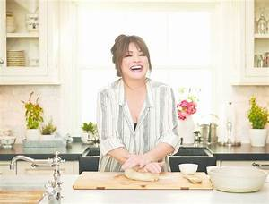 Valerie Bertinelli invites you into her kitchen with new ...