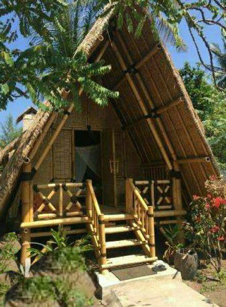 rumah bambu  saung kuliner  lapak idin abidin bukalapak