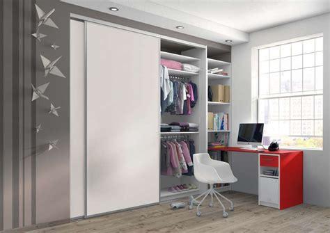 rideau placard chambre placard chambre avec rideau de se inspirer pour les