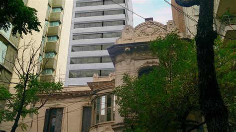 La familia Messi avanza con la construcción de un edificio ...