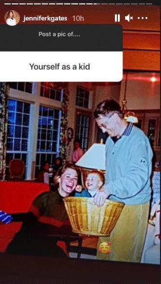 Throwback diaries: Bill Gates holding daughter Jennifer in ...
