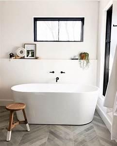 Simple, But, Charming, White, Bathroom