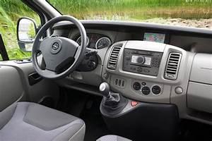 Opel Vivaro Combi : opel vivaro combi 2011 pictures 2 of 12 cars ~ Medecine-chirurgie-esthetiques.com Avis de Voitures