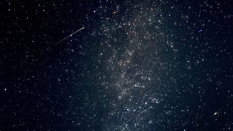 What Time Tonight Meteor Shower - how to the 2018 draconid meteor showers tonight