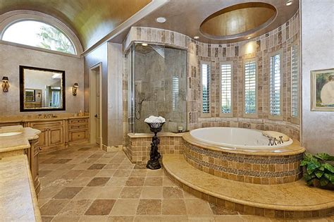 master bath has architectural details