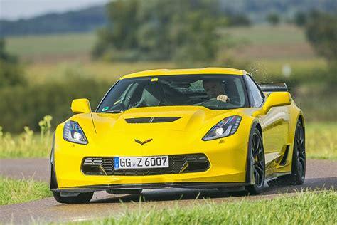 Dodge Viper Vs Corvette Z06 by Srt Viper Trifft Auf Chevrolet Corvette Z06 Bilder
