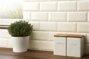 New Kitchen Tiles Design
