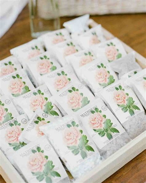 flower  plant wedding favor ideas martha stewart weddings