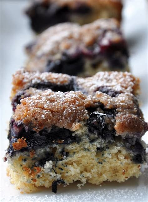 I love the idea of blueberry pie bars recipes as it will be a perfect snack for any outside. 25+ Amazing Low Calorie Dessert Recipes! - Pretty Providence