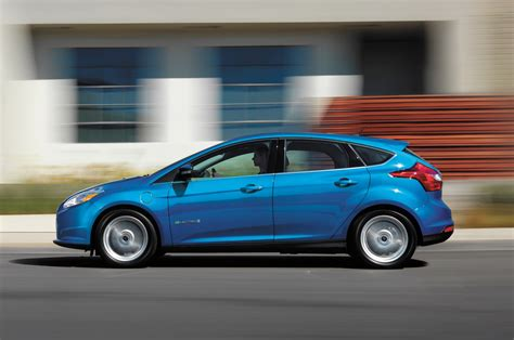 ford electric 2014 ford focus electric gets 4000 price cut