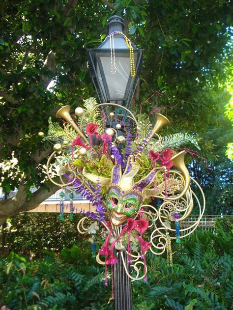 mardi gras door decoration new orleans 132 best images about mardi gras decorations on