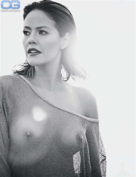Cristina Umana  nackt