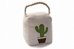 Cale Porte Tissu : cale porte carr en tissu impression cactus pourpera tapis classiques pas cher ~ Teatrodelosmanantiales.com Idées de Décoration