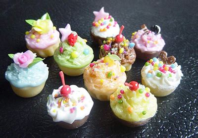 mini cupcakes n tiny