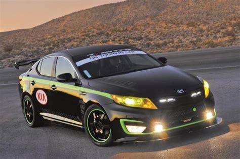 kia optima hybrid ustcc pace car revealed  sema show