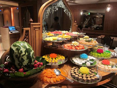 how to decorate a buffet table for a party mouth watering christmas dinner ideas godfather style