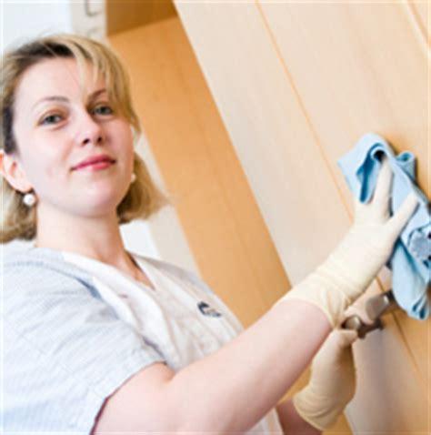 entretien des salles de soins en milieu hospitalier multiroir