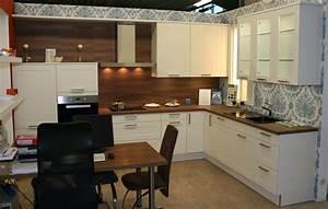 Küchen Modern Weiß : l musterk che landhaus modern in weiss matt 355 cm x 256 cm h cker k chen lotus ebay ~ Markanthonyermac.com Haus und Dekorationen