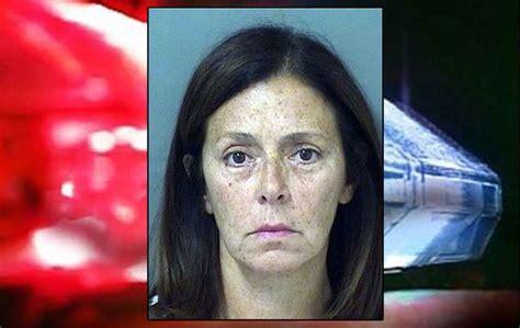 woman arrested  smearing dog poop  neighbor