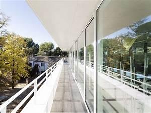 Agence Architecture Montpellier : fa ades vitr es et r silles en c ramique blanche pour des bureaux d 39 architectes ~ Melissatoandfro.com Idées de Décoration