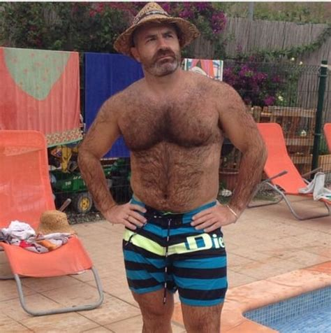 hombres peludos images search by 2378 best images about