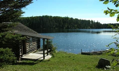 small cabin   lake small rustic cabins small lake cabins treesranchcom