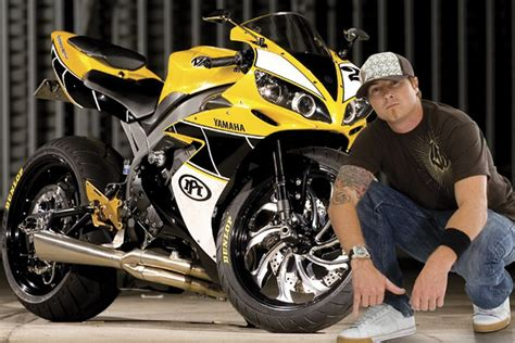 A New Approach Towards The Yamaha R1 By Roland Sands