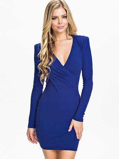 donkerblauwe jurk lange mouw