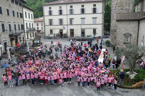 Istituto Comprensivo Bagno Di Romagna by Bagno L Emozione Giro Travolge Anche I Pi 249 Piccoli E